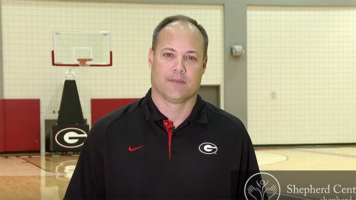University of Georgia basketball coach Mark Fox warns against distracted driving to prevent traumatic injury